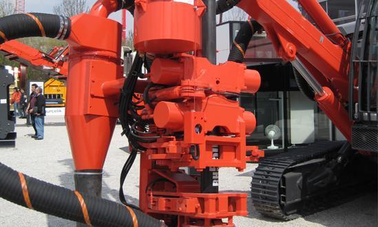 Hydraulikpumpe in  Neubulach